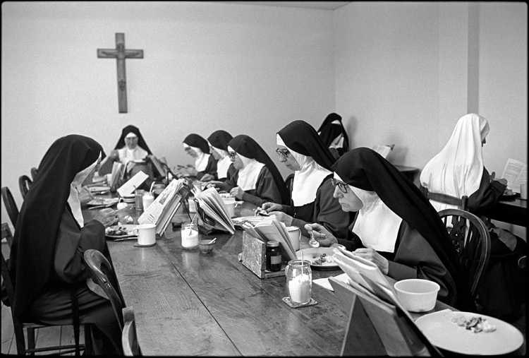 Ty Mawr Convent Lunch time 1978-79 © Kevin O'Farrell