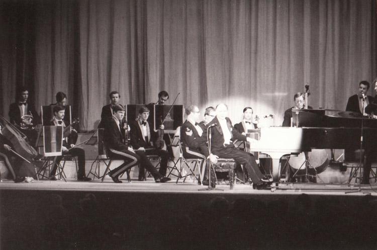 RA Orchestra on tour with Semprini 1977